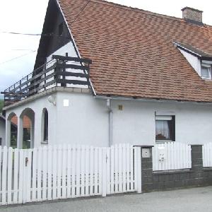 Stanovanjska hiša dvojček